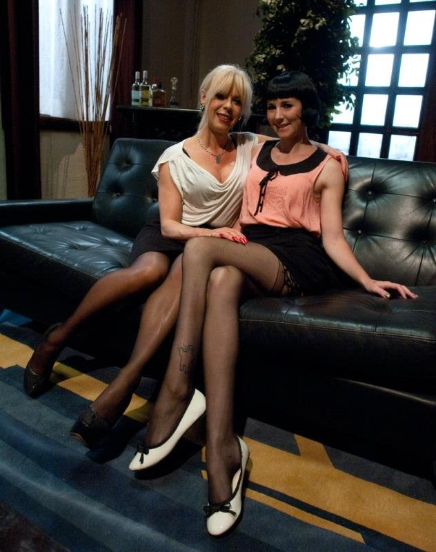 Coral Aorta and Joanna Jet - Hitting It Big: Transsexual Casting Couch [HD 720p] ( 2019 / 587.6 Mb)
