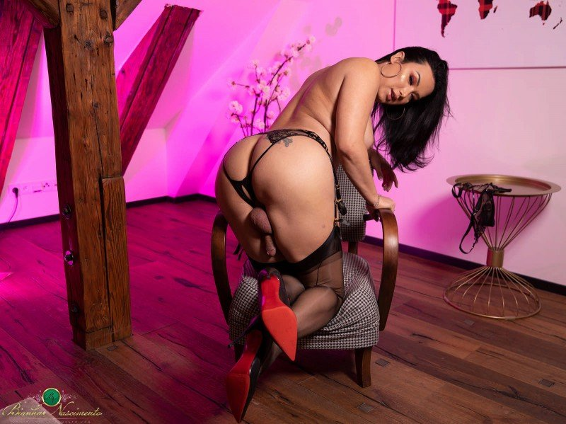 Bianka Nascimento - The Pink Room [FullHD] ( 2019 / 889.65 Mb)