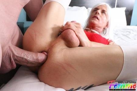 Tanya Nite  - Big Dick Crossdresser Gets Fucked  [SD] ( 2019 / 685.52 Mb)
