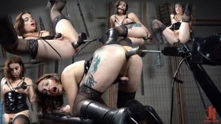 fucking machines, chastity cages, nipple clamps, dildos, gags, and a whole lot of anal. Качество видео: SiteRip - Janie Blade: Butt Slut Left to Her Own Devices [HD] ( 2020 / 1,08 Gb)